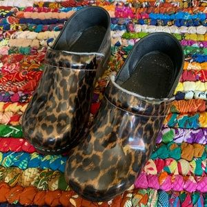 Dansko Cheetah Clog Size 41